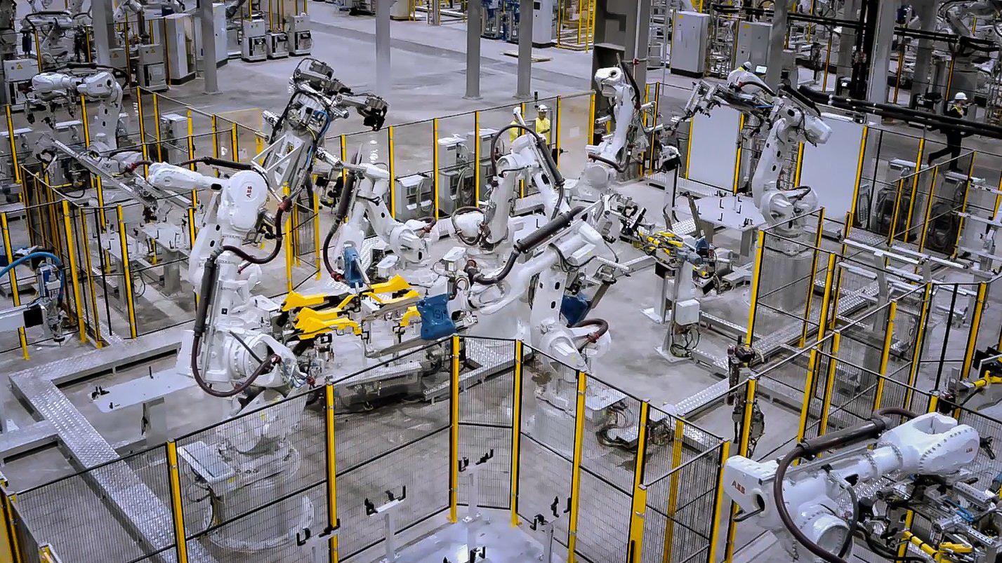 Đổ nghìn tỷ mở nhà máy rồi mòn mỏi chờ cơ chế: Ô tô rẻ vẫn là mơ
