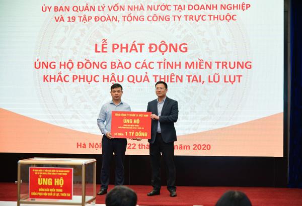 Vinataba quyên góp gần 1,6 tỷ đồng ủng hộ đồng bào miền Trung