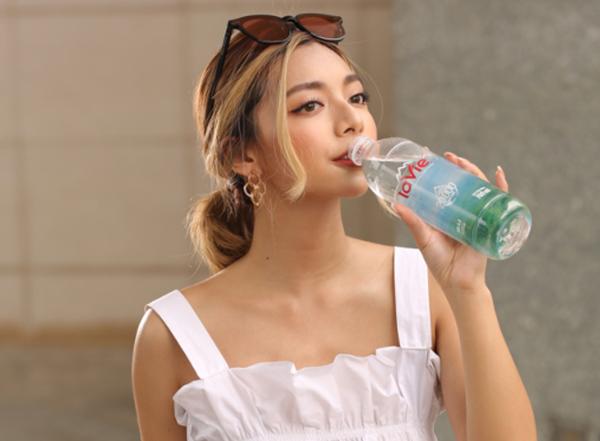 Đừng gọi nước uống đóng chai là 'nước suối'