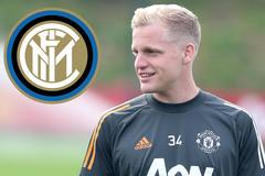 """Inter lên kế hoạch """"giải cứu"""" Van de Beek"""