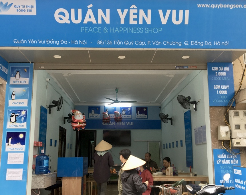 Quán cơm 2.000 đồng đầu tiên ở Hà Nội