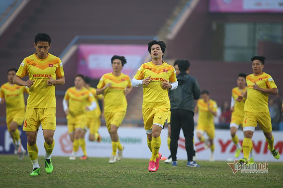 Thầy Park lên khung tuyển Việt Nam, gặp riêng Quang Hải