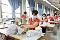 Ứng phó với Covid-19, dệt may tăng công suất đạt 3-4 triệu khẩu trang kháng khẩu/ngày