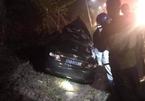 Ô tô biển xanh đâm xe container, 2 người chết là tài xế của Sở VH&TT Quảng Ninh