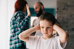 Sai lầm tai hại của cha mẹ khi dạy con