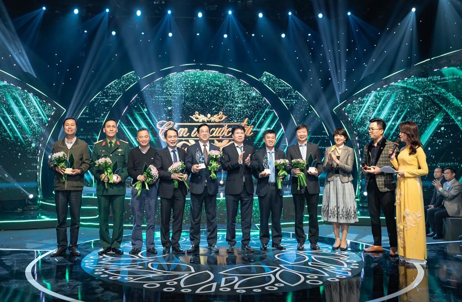 'Rừng Việt Nam' của Hà Anh Tuấn được giới thiệu trong 'Cảm ơn cuộc đời'