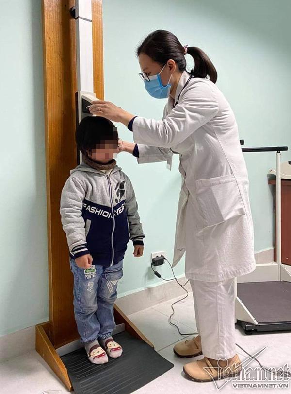 Dấu hiệu con bạn lùn dưới chuẩn cần can thiệp tăng chiều cao ngay