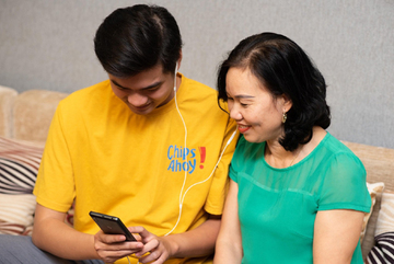 Network operators offer customers a subsidy for smartphones