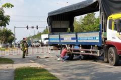 Tranh thủ nghỉ trưa về thăm con, nam công nhân bị xe tải cán chết