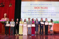 Trao giải thưởng phát triển văn hóa đọc năm 2020