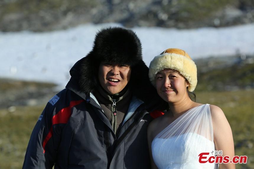 Vợ chồng triệu phú bán tài sản, du lịch khắp thế giới suốt 10 năm