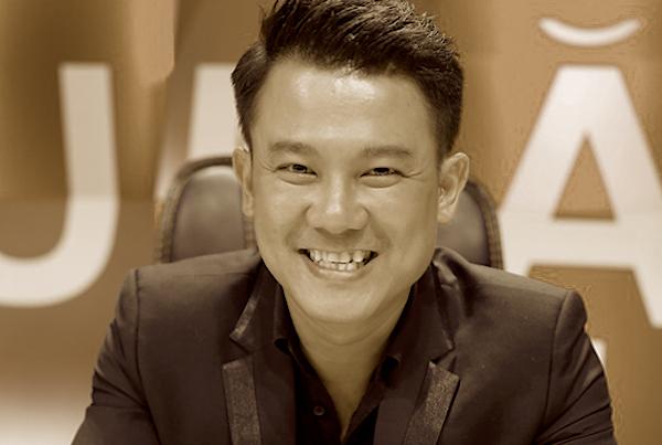 Nghệ sĩ bàng hoàng nghe tin Vân Quang Long đột quỵ qua đời