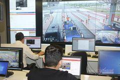 Cận cảnh hệ thống thu phí tự động không dừng vừa xuất hiện tại Việt Nam
