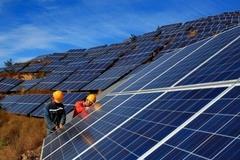 Sẽ đề xuất giảm giá mua điện mặt trời sau năm 2020