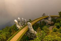 Cầu Vàng Đà Nẵng - cây cầu du lịch biểu tượng hàng đầu thế giới