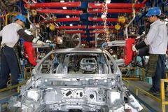 Những khó khăn cản trở ngành công nghiệp ô tô Việt Nam phát triển