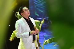 Ca sĩ Đình Văn gây xúc động với ca khúc 'Mất mẹ'