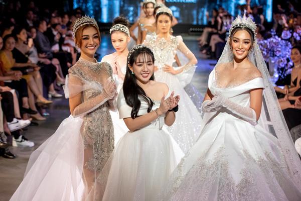 Impressive photos captured during Vietnam International Fashion Festival