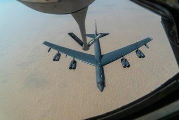 Mỹ điều B-52 tới Trung Đông 'dằn mặt' Iran
