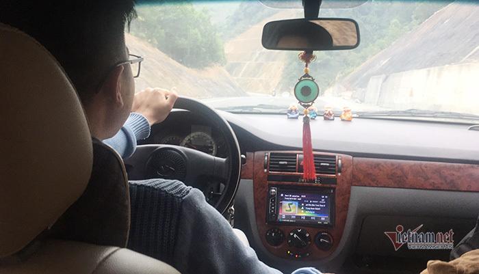 10 lời khuyên hữu ích khi lái xe đường dài đi chơi Tết Dương lịch