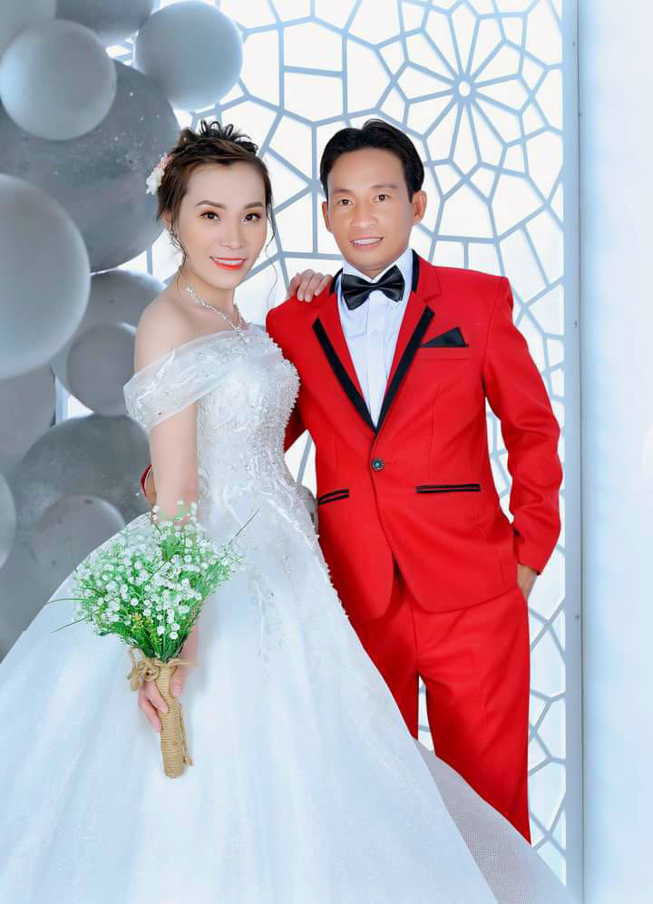 Chàng trai mồ côi sở hữu tài sản tiền tỷ cưới vợ xinh sau 4 tháng tìm hiểu