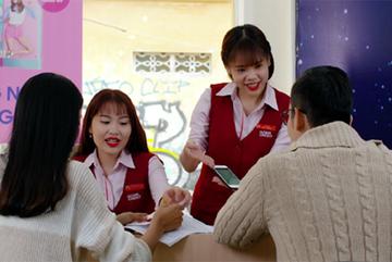 Home Credit nâng trải nghiệm khách hàng trên nền tảng số