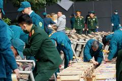 """Bên trong trận địa pháo chờ """"khai hỏa"""" chào năm mới ở Hà Nội"""
