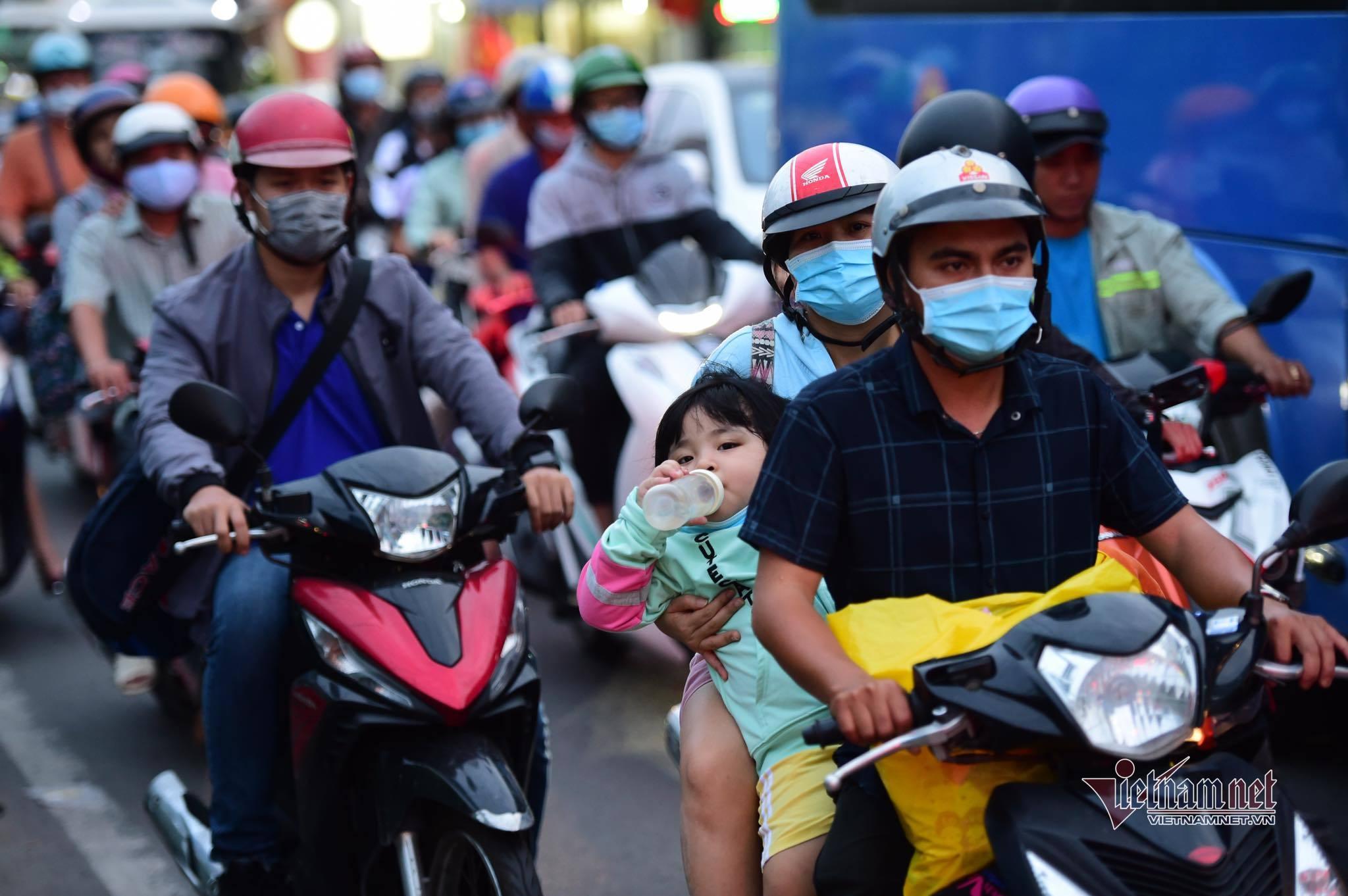 Bộ TN&MT lý giải việc đề nghị Hà Nội, TP.HCM đẩy mạnh thu hồi xe cũ nát