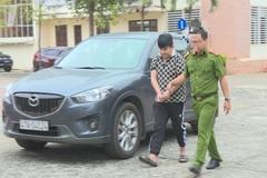 Bị bắt vì mượn ô tô rồi làm giả giấy tờ để cầm cố