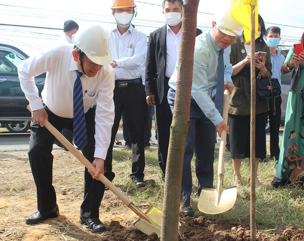 Phó Thủ tướng Trương Hoà Bình: Cùng tạo 'Đồng Khởi mới' phát triển xanh, bền vững
