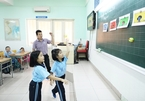 HCM City faces shortage of English teachers in primary schools