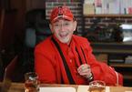 Lục Tiểu Linh Đồng tuổi 61 bị chê cười vì 'ăn bám' quá khứ