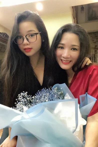 Hai con gái xinh đẹp, tài năng của Thanh Thanh Hiền