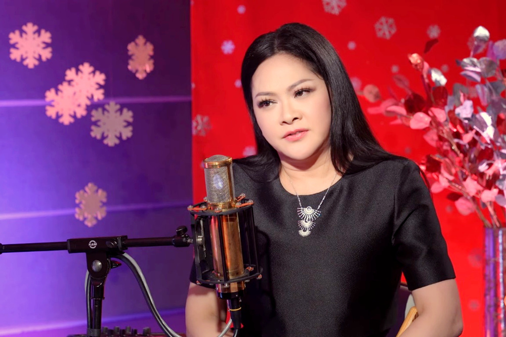 Ca sĩ Như Quỳnh: Tôi từng cô đơn, lạnh lẽo trên đỉnh cao