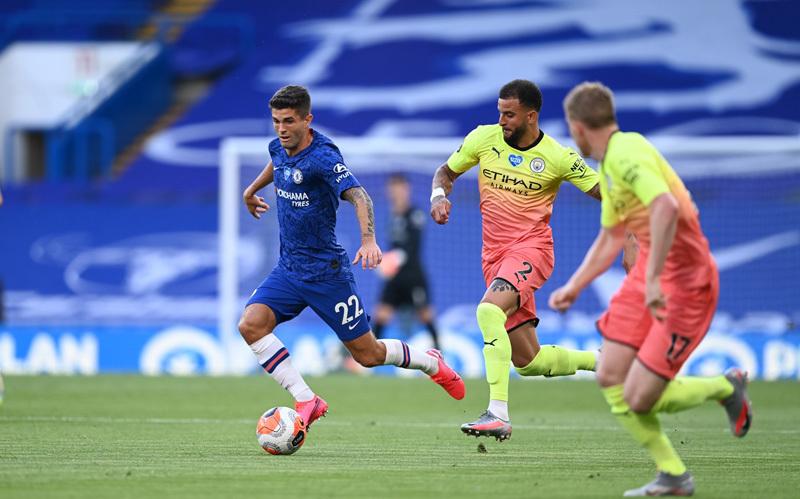 Trực tiếp Chelsea vs Man City: Thầy trò Guardiola vượt khó
