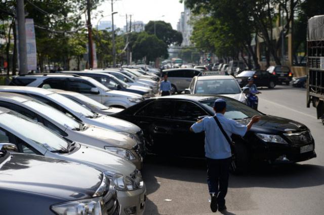Những lý do nên quay đầu ra ngoài khi đỗ xe