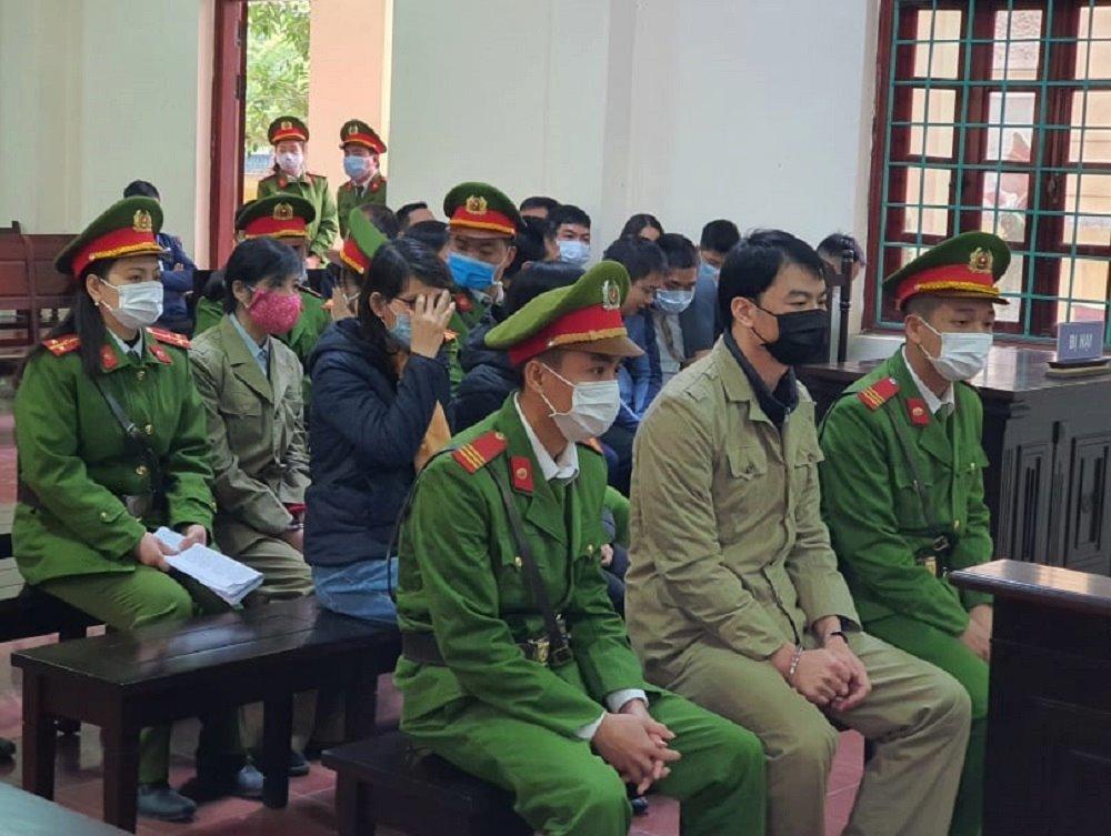 Hoãn phiên tòa xử vụ nhóm thanh tra Bộ Xây dựng vòi tiền ở Vĩnh Phúc
