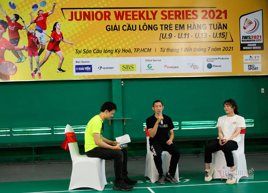 Nguyễn Tiến Minh truyền cảm hứng cho các cây vợt nhí