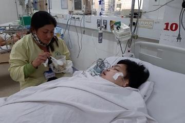 Báo VietNamNet đóng viện phí hơn 55 triệu đồng cho 2 trường hợp khó khăn
