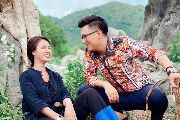 Việt Anh ăn mặc đồng bóng mà vẫn diễn ra chất đàn ông