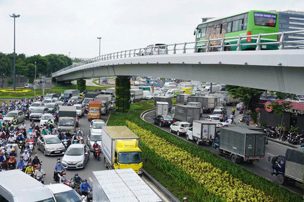 HCM City: five elevated roads proposed