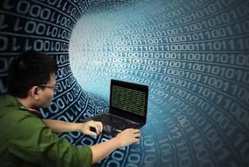 Tìm chủ tài khoản nhận tiền lừa đảo bằng chiêu giả công an ở TP.HCM