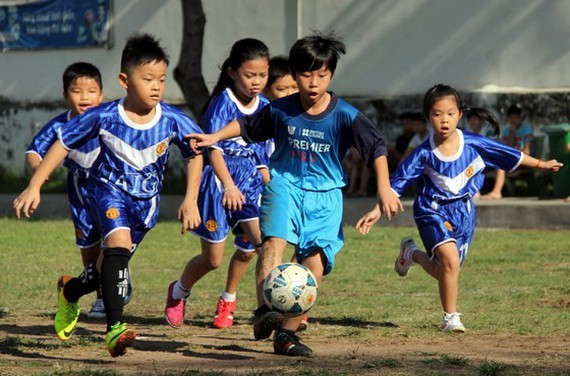 HCM City Football Federation plans to teach football in schools