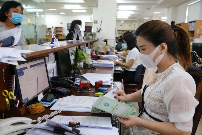 Chính sách tinh giản biên chế với cán bộ, công chức, viên chức, người lao động trong năm 2021