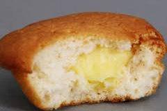 Đột nhập cơ sở sản xuất 'bánh trứng rởm'