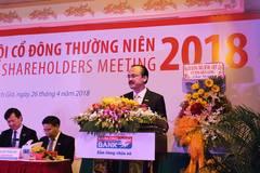 Cha rút, con lên làm sếp ngân hàng, cả nhà đại gia top giàu nhất Việt Nam
