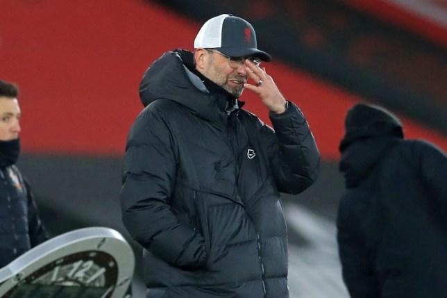 Liverpool mất 7 điểm sau 3 trận, Klopp ám chỉ MU được thiên vị