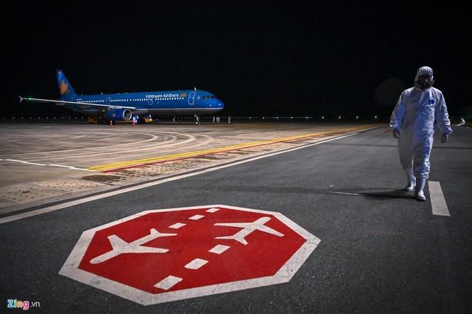 Chuyến bay đặc biệt bảo đảm quyền được sống của công dân