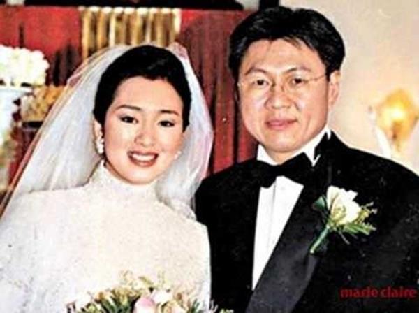 Củng Lợi hạnh phúc viên mãn ở cuộc hôn nhân thứ hai