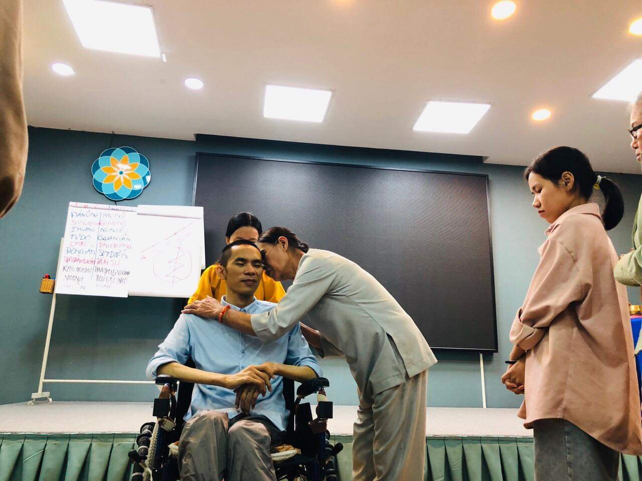 Người đàn ông tắt thở, sống lại và tiệm tạp hóa đặc biệt ở Bình Định
